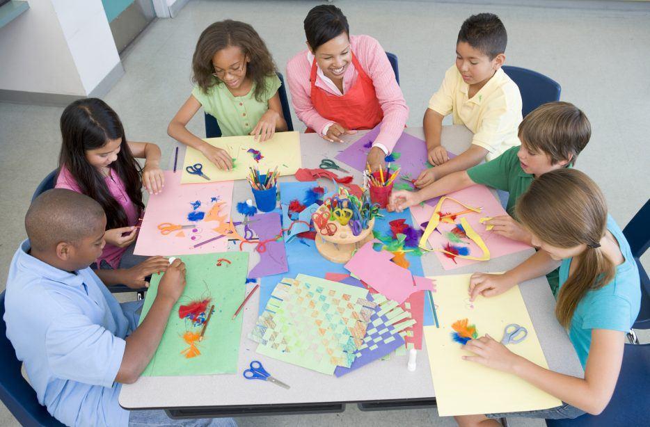 Elementary school art lesson